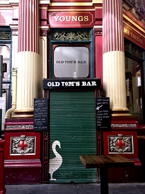 Old Tom oie leadenhall market londres